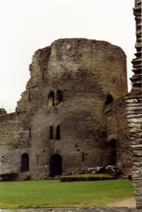 Cilgerran Castle, 1991 (c) Glen K Johnson
