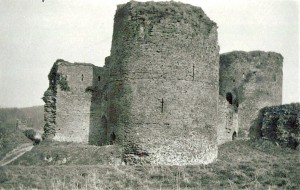 Cilgerran Castle from the Outer Ward, 1920