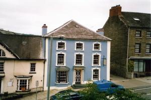 Castle Chambers in July 2003 (c) Glen K Johnson