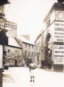 Shire Hall as S T Jones' garage, ca1925 (D. V. T. Davies Collection)