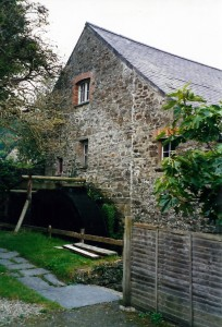 The mill in September 2002 (c) Glen K Johnson