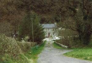 Glanpwllafon Farm in March 1999 (c) Glen K Johnson