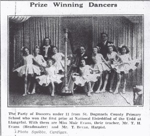 St. Dogmaels School Prize-Winning Dancers, 18/06/1948 (Cardigan & Tivy-Side Advertiser)