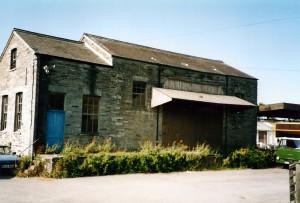 Former goods shed in 2004 (c) Glen K Johnson