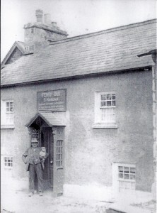 Ferry Inn circa 1920 (Glen Johnson Collection)