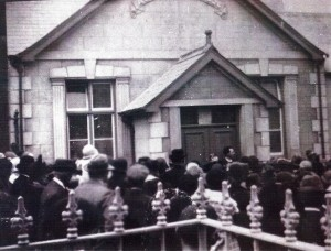 Opening the Vestry, 1926 (Glen Johnson Collection)