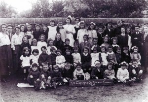 St. Dogmaels Council School pupils, 1920 (Glen Johnson Collection)
