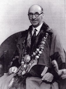 Tom James, Mayor of Cardigan, 1945 (Glen Johnson Collection)