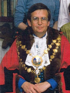 David Grace, Mayor of Cardigan, 1998 (Tivy-Side Advertiser)
