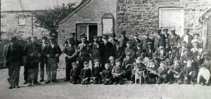 Village fishermen outside Tivy Netpool Inn, circa 1910 (Glen Johnson Collection)