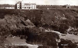 Cliif Hotel. Valentine's Series Postcard, 1930's (Glen Johnson Collection)