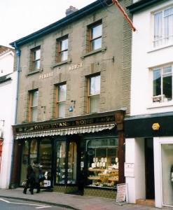 Pendre House in March 2003 (c) Glen K Johnson