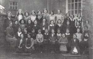 Girls' Board School class, 1933 (Cardigan & Tivy-Side Advertiser)
