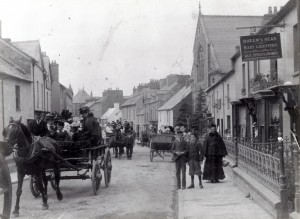 Pendre in the 1880's - note Queen's Head sign on right (Glen Johnson Collection)